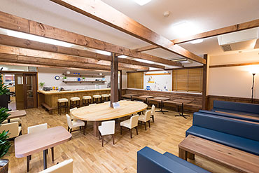 AI café(藍カフェ)内観